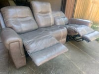 Gray Leather Reclining Sofa (FREE DELIVERY) Portland, 97225