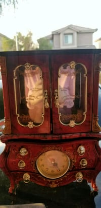 Brown wooden cabinet with mirror music box Las Vegas, 89142
