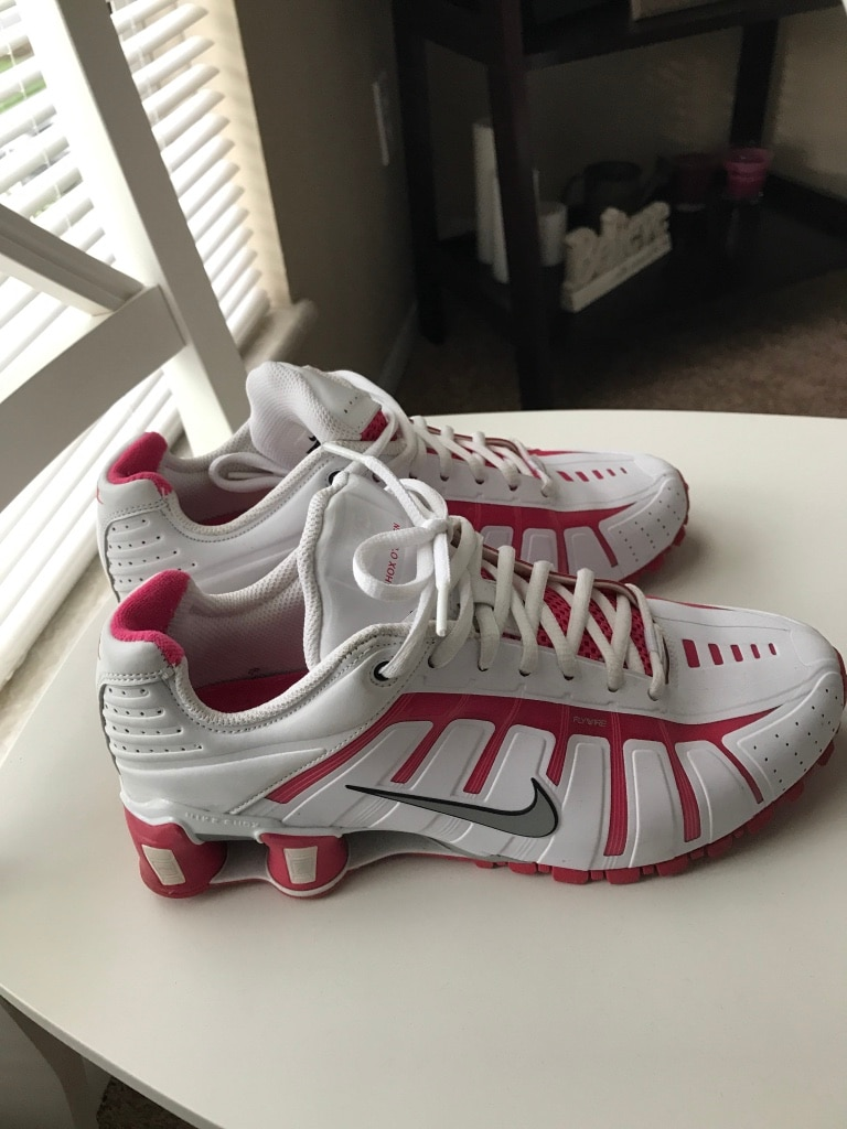 Nike Shox O'Leven - like new only worn a few times. White and pink. Size women's 8.5