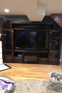 Entertainment Wall Unit  Toronto, M6M 1N5