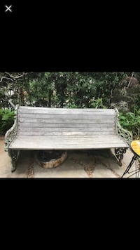 white and gray wooden table 2265 mi