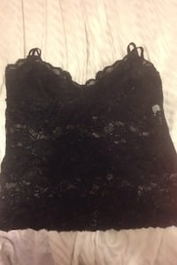 See-threw lace top size medium Langley, V3A 8N7