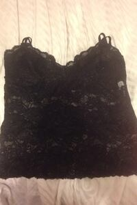 See-threw lace top size medium