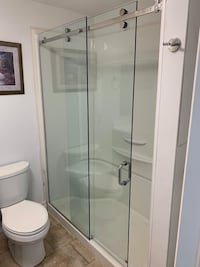 **ATTENTION ALL CONTRACTORS** Custom Glass Shower Door Mississauga, L5B 3M7