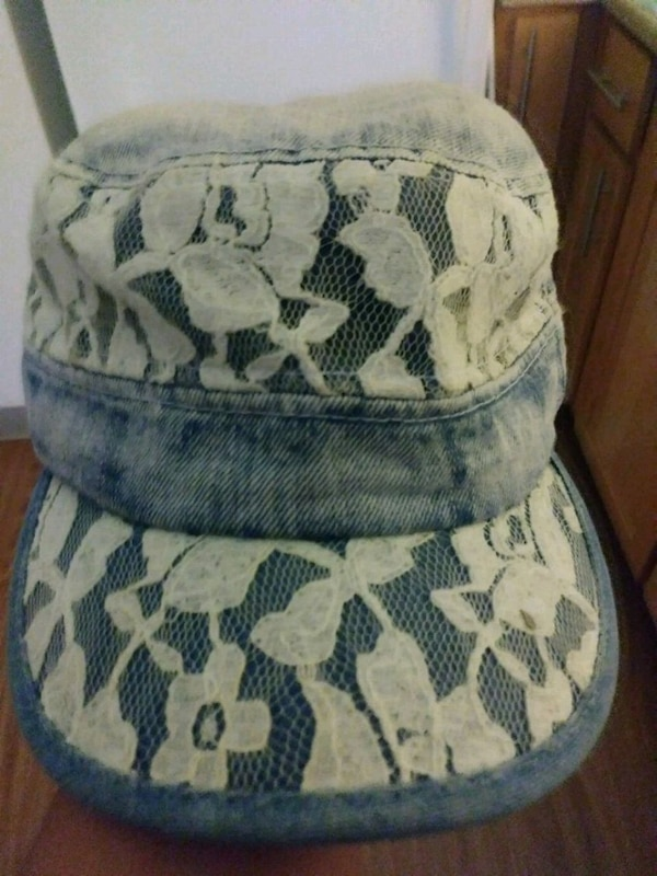 Used white and floral jean hat for sale in San Jose - letgo 47bac2a74d2
