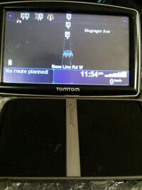 excellent condition tomtom and blue ant hands free London, N6J 1V2