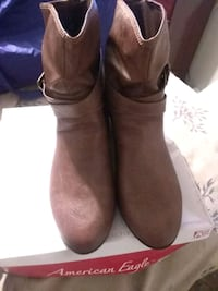 brown American Eagle suede mid-calf boots with box Fairmount Heights, 20743