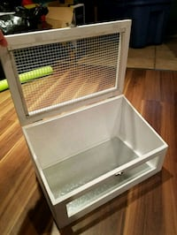 white wooden framed glass display cabinet Toronto, M1R 1A3