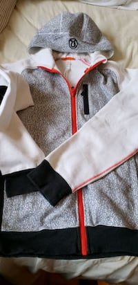 Lululemon hoodie for men Toronto, M9N 1Y3