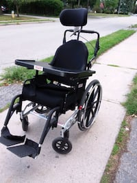 High end wheelchair - non-motorized