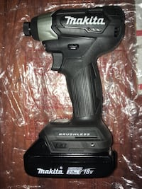 Makita 18v Brushless Impact Driver with a 2.0 Battery Pack  New York, 10453