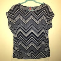 Casual Navy Top Size S Greensboro, 27409