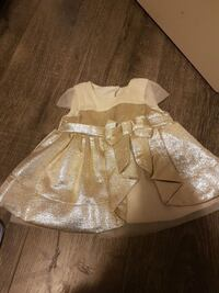 Baby dress  Coquitlam, V3E 1C2