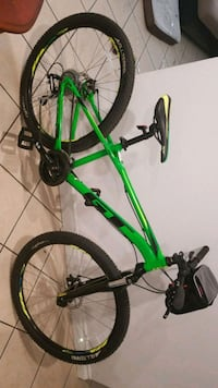 green and black hardtail mountain bike Los Angeles, 91402