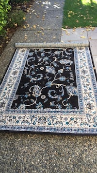 """62 1/2 """" X 90 1/2"""" barely used rug Vancouver, V6R 1Y5"""
