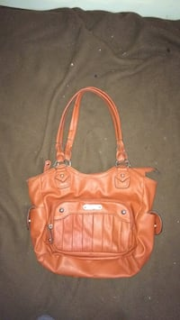 Women's Rossetti Purse for Sale. London, N5Y 2M2