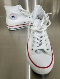 Converse Chuck Taylors - Barely Used Burlington, L7N 3G2