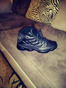Basketball Shoes....size 8/