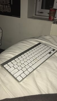 Bluetooth keyboard from Apple product Oakville, L6H 6W4