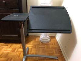 Adjustable laptop computer desk table