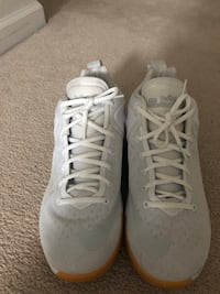 pair of white Nike basketball shoes Cedar Rapids, 52405