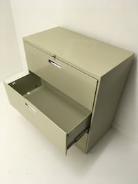 3 drawers lateral file cabinet w/ key Abbotsford