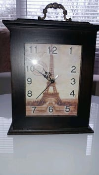 PARIS clock - battery operated Toronto, M4E 1X6