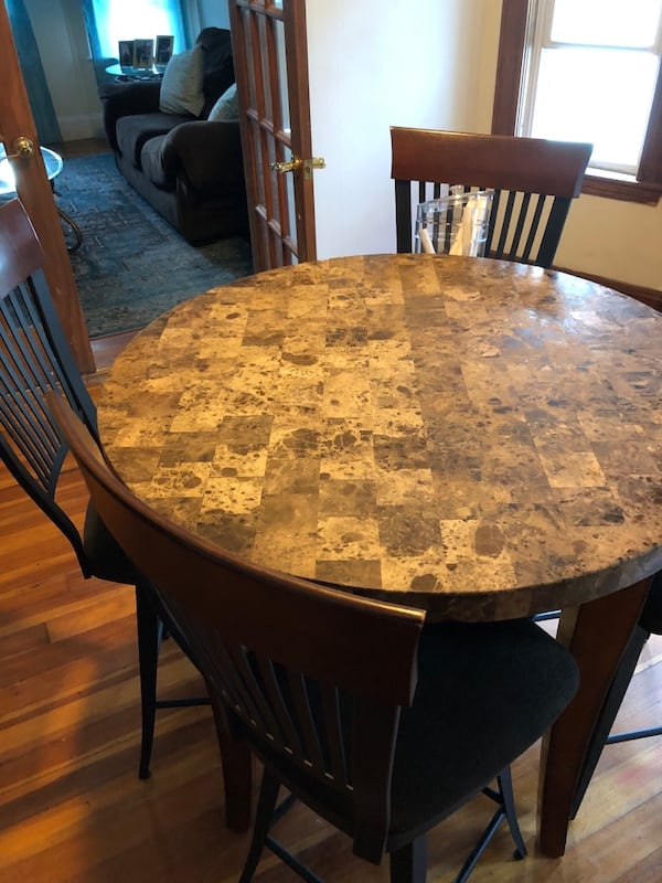 Dining table and chairs $125 obo 0