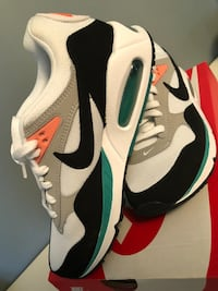 white-green-grey-and-orange Nike Air Max 90 low-tops sneakers with box Richmond Hill, L4E 0C2