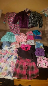 toddler's assorted-color clothes lot 783 km
