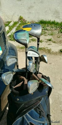 Set of right hand golf clubs with bag. Winnipeg, R3E 1L8