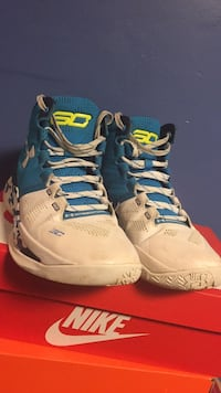 pair of gray-and-blue Nike basketball shoes Alexandria, 22310