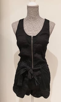 Armani playsuit i str S Nyborg, 5131
