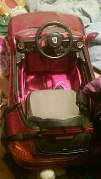 red and black car seat carrier Seagrove, 27341