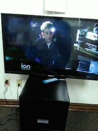 "40"" ELEMENT TV w/ Remote (1080P) McAllen"