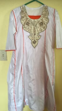 White and pretty orange Salwar Kamiz with pant, dress and scarf (duppata) Polyester silk Portland, 97217