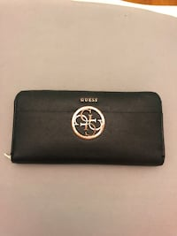 Black womens guess wallet perfect condition  Ottawa, K2B 6L1