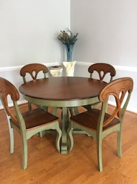 Dining Table w/4 Chairs Aldie, 20105