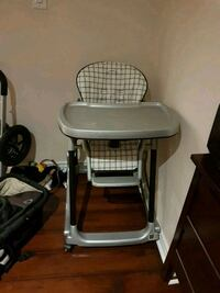 baby's gray and black high chair Milton, L9T 6G4