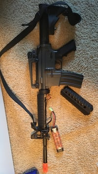 Airsoft Carbine M4 Automatic Rifle Elkhorn, 68022