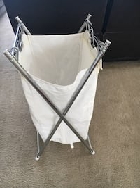 baby's white and gray bassinet 6 km