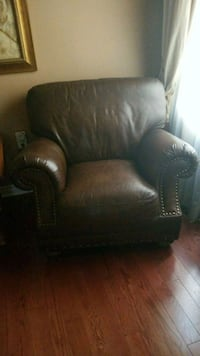 Brown real leather chair  Vaughan, L4H 1M6