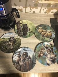 Collectible owl plates