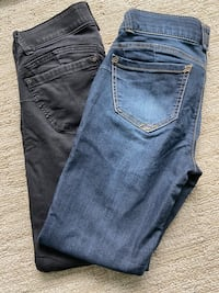 Democracy jeans size 2 set of 2