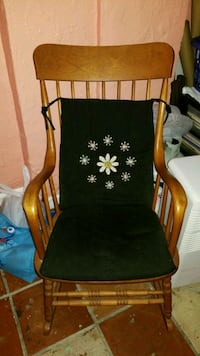 Wooden rocking chair Hollywood, 33020