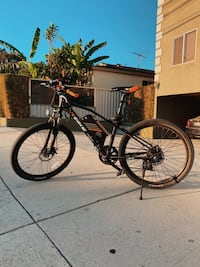 Electric bike (r-bike) bought for $900 now 399!!!! Los Angeles, 90291
