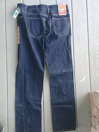 Old Navy Reg fit jeans 32x32 2999 km