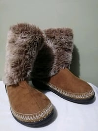Ladies Isotoner Short Boot Slippers Faux Fur Trim 9.5-10 Lorton, 22079