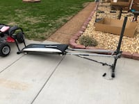 Black and white rowing machine!! Clarksville, 37042
