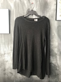Black knit sweater Chicago, 60608